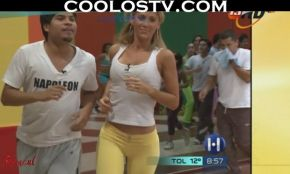 ines-sainz-pants-amarillos-hd1080