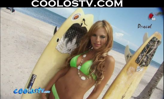 Vanessa Villela y Greydis Gil en Bikinis Moviendo Culos HD1080p