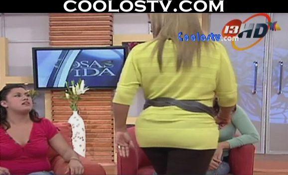 Upskirt calzon rosa de cole - 5 2