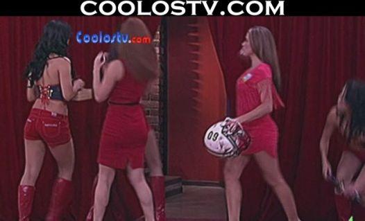 Yuliana.Peniche.Upskirt.Microvestido.Rojo.Culo.Empinado.HD[(002234)