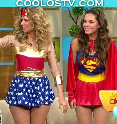 Raquel Bigorra y Tania Rincon en Microfaldas Disfraces de Heroinas
