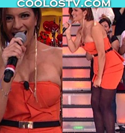 Cecilia-Galliano-Mega-Tetas-Naranja1