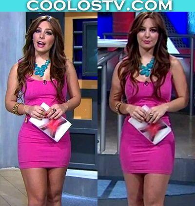 Veronica Pliego en Minivestido Rosa Ajustado
