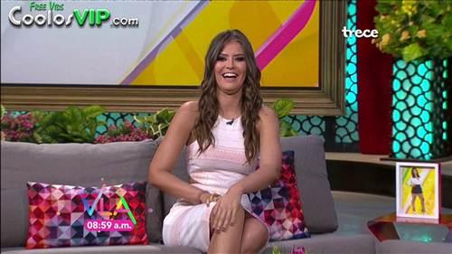Vanessa Claudio Vestido Rosa Entallado.0000