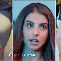 Michelle Renaud Rebotando Nalgas en Minifalda de Spandex Gris